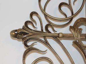 kreuz-bronze-detail-1